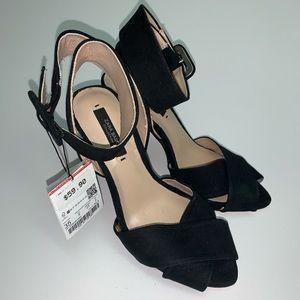 Zara Shoes - Zara Basic Black Buckle Peep Toe Womens Size 5.